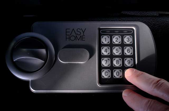 safe installation Commercial Locksmith